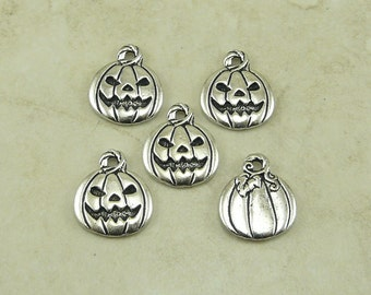 5 TierraCast Pumpkin Jack O Lantern Charms > Halloween Trick or Treat - Silver Plated Lead Free Pewter - I ship Internationally