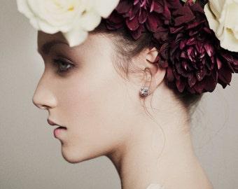 Druzy Crystal Earrings. Gold Raw Quartz Chunk Earrings. Geo Earrings. Stud Earrings. Crystal Quartz Earrings. Quartz Stud Earrings