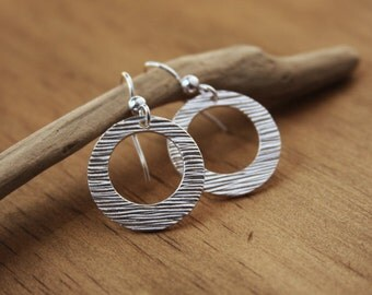 Silver Earrings Woodgrain Silver Jewelry Circle Hoop Earrings Hand-Textured Recycled Silver Rustic Earrings OOAK Modern Simple Minimalist