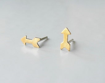 Tiny Arrow Earrings,Tiny Stud Earrings,Minimalist Earrings,Unisex,Brass,Cupid's Arrow,Sterling Silver Posts,Hypoallergenic Studs (E188)