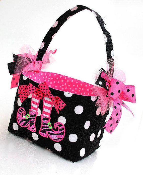 Halloween Trick or Treat bag basket fabric Applique witch shoes pink