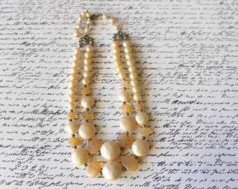 vintage 1950s pearl necklace / 50s pearl choker necklace / bridal jewelry