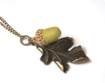 Acorn oak filigree leaf long necklace Valentine gift for her olive green beige felted wool jewelry bronze tone chain Mother's day
