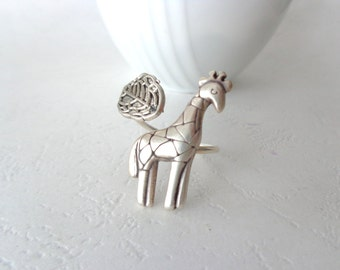 Silver giraffe ring with a leaf wrap ring, adjustable ring, animal ring, silver ring, statement ring