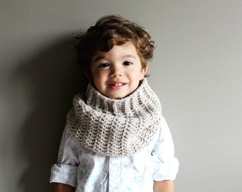 toddler crochet cowl in LINEN (vegan friendly) 2T/3T