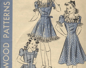 VINTAGE HOLLYWOOD UNUSED 1930s Girls Princess Dress Pattern Factory Folded Ruffles Ribbons Frills Size 10 years