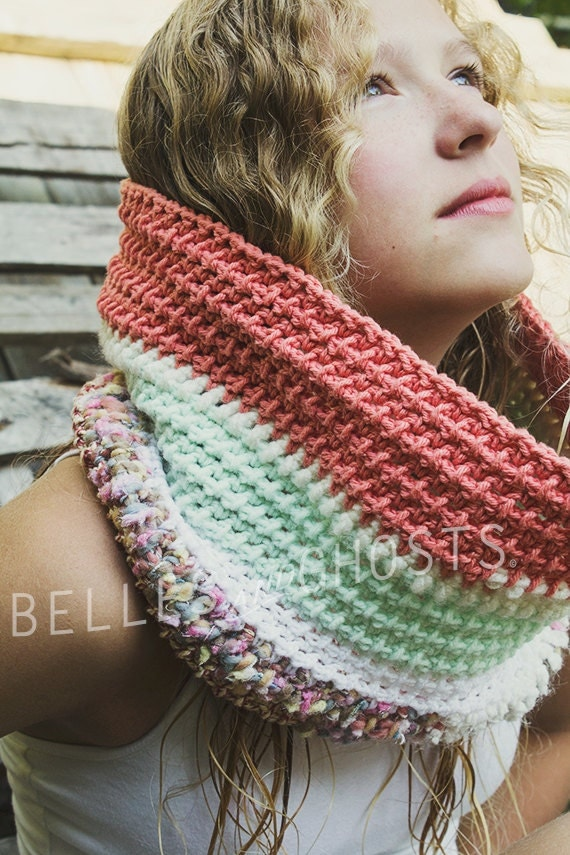 CROCHET COWL FASHION, Patchwork Peach, Pink, Red, Mint-Colored and White Woodland Handmade Cowl for Women and Teenager Accessories