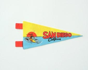 San Diego California felt souvenir pennant / midcentury travel flag / vintage 60s felt banner / small gift