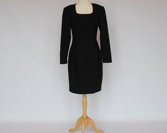 80's Black Wool Dress / Wiggle Dress / Long Sleeves / Small