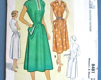 Vintage 1940s or early 50s sewing pattern SIMPLICITY 8481  Bust 30 inches.