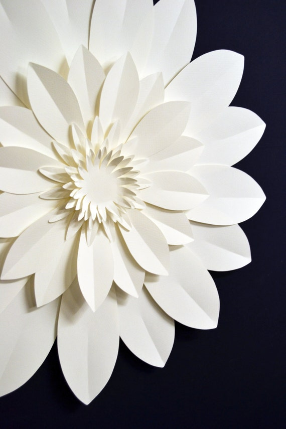 Extra large paper flower for wedding decoration