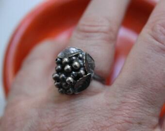 Vintage Sterling Silver Shank Grape Cluster Ring Adjustable VINTAGE by Plantdreaming