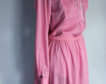 FREE SHIPPING Vintage 1960s Ranchwear Western Country Dress Pink Prairie Skirt and Blouse  Size 8