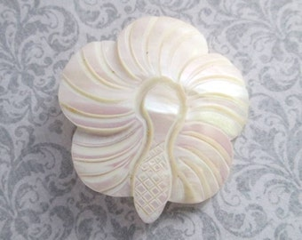 Vintage Carved Mother Of Pearl Flower Pin Brooch