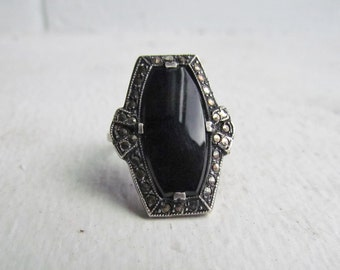 Ring / Antique Art Deco Sterling Silver Ring With Black Glass Stone and Marcasites c.1920s