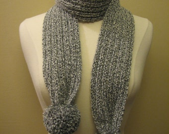 SALE - grey ribbed scarf with pom-poms - 80s inspired