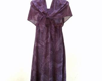 SALE Vintage Feather Print Dress / Purple Maxi Dress / Sleeveless Maxi / Cute Teen Dress XS