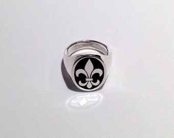 Enameled Sterling Silver Oval Fleur de Lis Ring