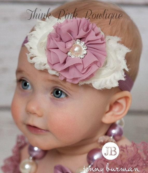 Our wide array of styles and colors means you're sure to find the perfect girls headband to complete her look! We carry pretty and popular flower headbands and bow headbands as well as adorable baby headbands and girls headbands and hairbands to compliment any outfit.