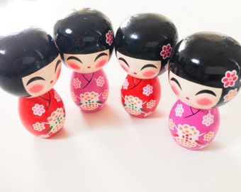 """RED Momo chan - 1 Wooden Japanese Kokeshi doll (2.75""""x1.5"""" at widest points)"""