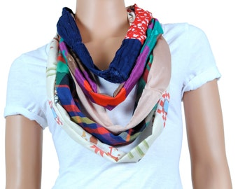 Scarf - Infinity Scarf - Womens Chunky Floral Print and Plaid Scarf