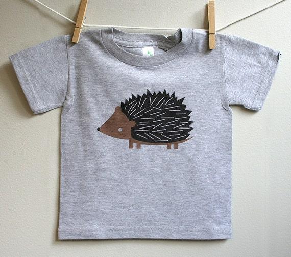 Kids t-shirt, hedgehog tshirt, toddler hedgehog t-shirt. 2T - 5T.