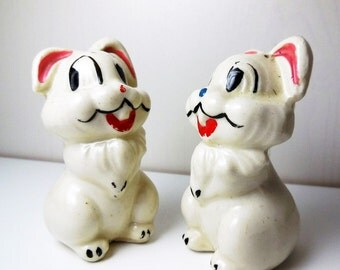 Thumper Rabbit Salt and Pepper Shakers - Vintage - Disney