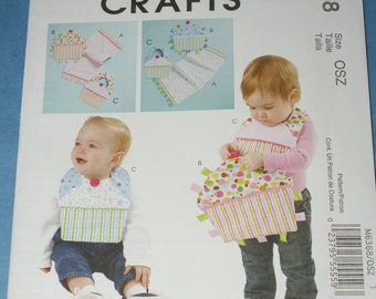 New McCall's  Baby Bibs and Burp Cloth M6368 size OSZ