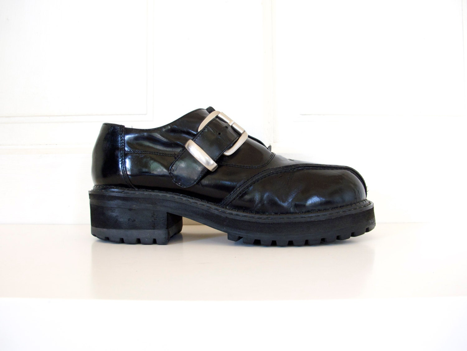 90s s chunky platform buckle shoes black leather