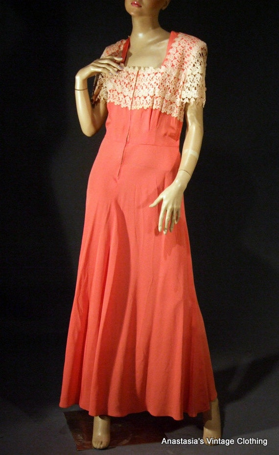 EMMA DOMB Vtg 40s Coral Pink Beige Rayon Lace Formal/Evening/Dress Gown M/L