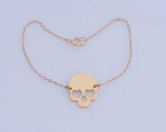 In Love Skull Bracelet , Gold Skull Bracelet , Steampunk Skull Jewelry , Day of the Dead , Charm Bracelet , Sugar Skull ,Friendship Bracelet