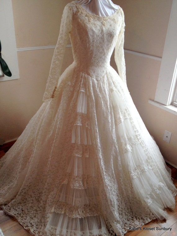 Sale 1950 39 S Chantilly Lace Wedding Dress With Hoop