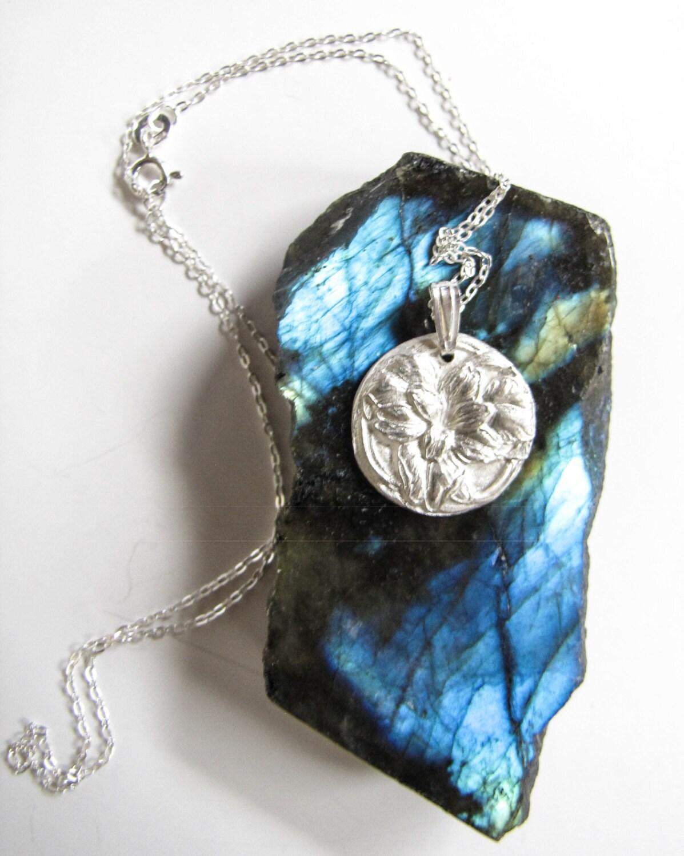 Silver Flower Necklace Fine Silver 999 Silver