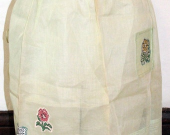 Vintage Light Green Apron with Flower Appliques