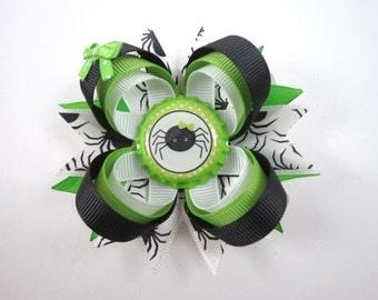 Halloween Hair Bow - Green and Black Hair Clip - Spider Hair Bow - Fall Hair Bow - Green Hair Bow - Black Hair Bow - Halloween - Hair Bows