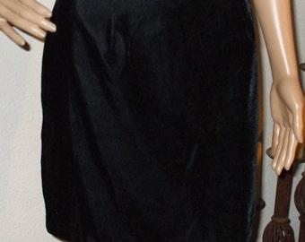 """Black Velvet Mini Skirt Vintage 1980s size M  29"""" waist NOS"""