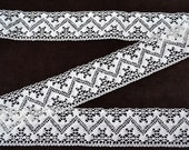 Linen Lace Trim--French Style White Cream Pure Linen Lace--White Wide Chevron Zig-zag--Luxury Trim Vintage High Fashion--for DIY Projects