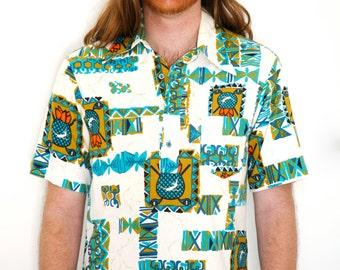 70s Men's Tiki Shirt Hawaiian Golf Shirt Barkcloth Novlety Print Airplanes Golf Clubs Pineapples Medium