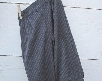Size 1-9yrs Pinstripe Grey Knickers, little boys knicker pants, ringbearer knickers,  boy photo prop , vintage ringbearer suit