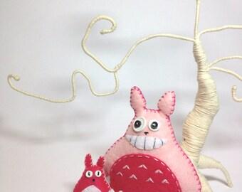 Felt Totoro, pink totoro, totoro plush, totoro decor, studio Ghibli, woodland creature, anime toy, kawaii totoro, forest spirit, geeky gift