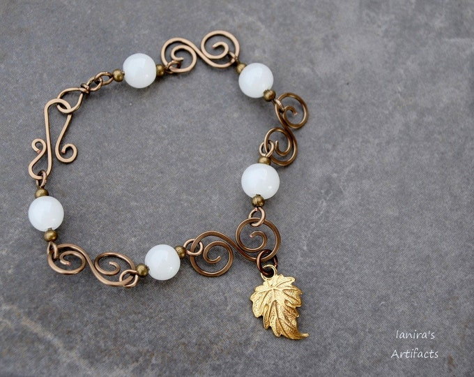 White Jade gemstone bracelet, antique brass wire Leaf, Girlfriend gift, Gift ideas, Mother's day gift, casual, everyday gift for her