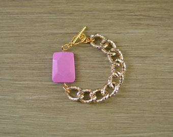 Chunky Gold Chain Bracelet with Pink Stone - Pink Stone Bracelet - Pink Bead Charm Bracelet - Pink Bracelet Jewelry Gift - Pink Turquoise