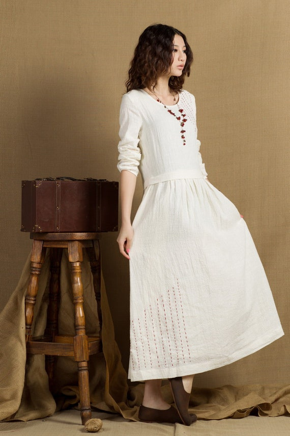 White wedding dress long linen dress with embroider for Cloth for wedding dresses