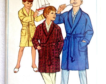 Boy's Children's Robe Housecoat Vintage Sewing Patterns Simplicity 6767 Size 14 Chest 32