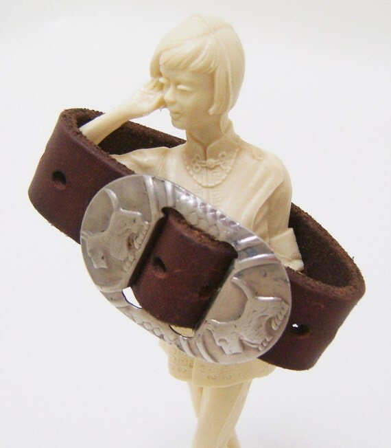 Scotty Dog Bracelet - Brown Leather Cuff Bracelet with Vintage Dog Buckle - Ladies Size Small