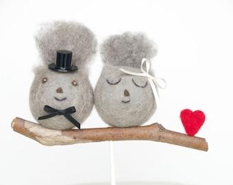 Squirrel Wedding Cake Topper, Needle Felted Wedding Cake Topper, Woodland Bride Groom Figurine, Cute Unique Rustic Wedding Cake Topper