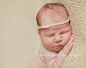 Crochet White Pink Pearl bead Halo size 0-6 months,Photo Prop,Tie back