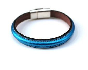 Leather Bangle Bracelet, Leather Bracelets for Women, Bridle Leather, Equestrian Jewelry, Blue Leather, Blue Bracelet,Horse Jewelry,Regalize