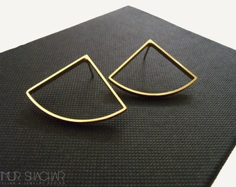 Tight Earrings, Gold geometric Earrings for Woman