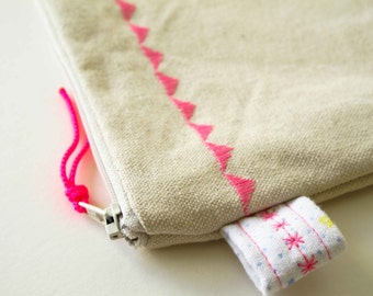 GARLAND ZIP BAG /// Fluorescent Pink Triangles /// Canvas Bag /// Stitched Triangles